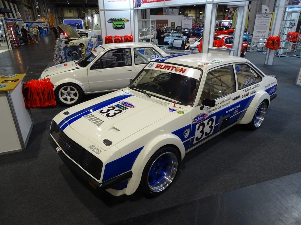 Beautiful RS2000 on the Burton stand