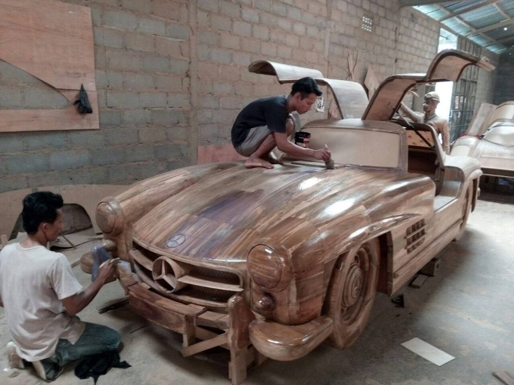 Real size Wooden Mercedes 300 SL Gullwing